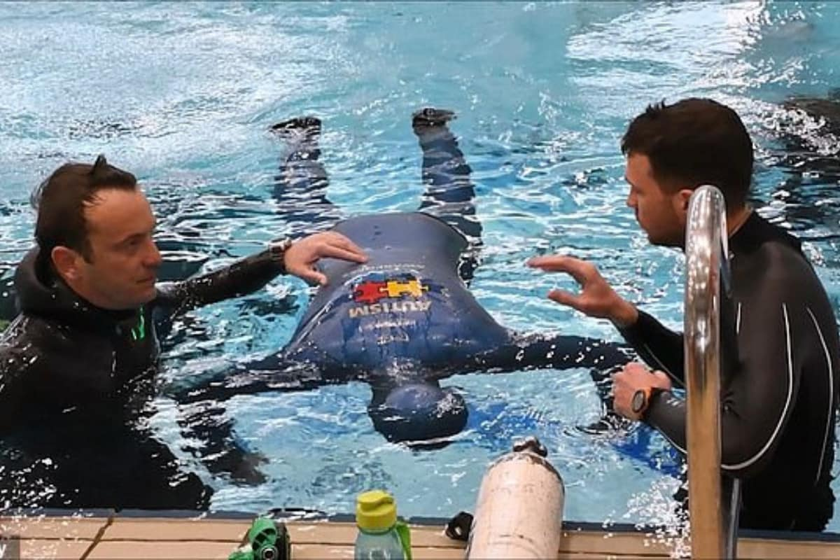 Diver Broke his Record by Holding His Breath Underwater For 24 Minutes 33 Seconds