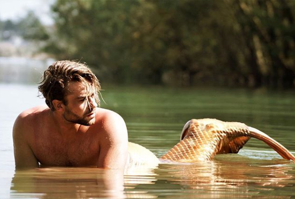 Meet The Guy Who Spent $1,581 To Become A Merman