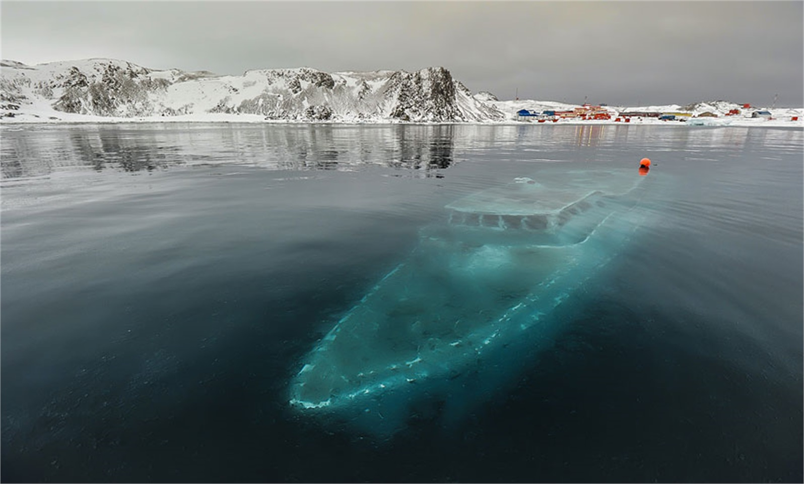 ncredible pictures of frozen things which you will won't believe they are real!