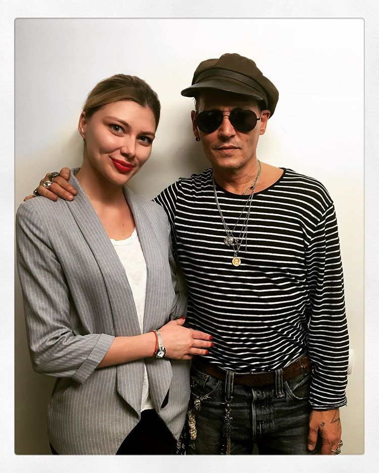 johnny depp made his fans worried about his condition after recent pictures