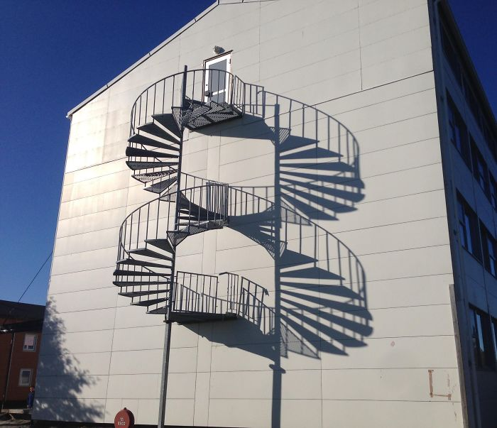 These Optical Illusions Created By Shadows Are Way Too Incredible