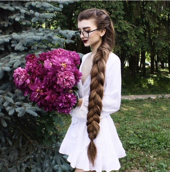 10 People Who Are Breaking The Internet With Their Hair