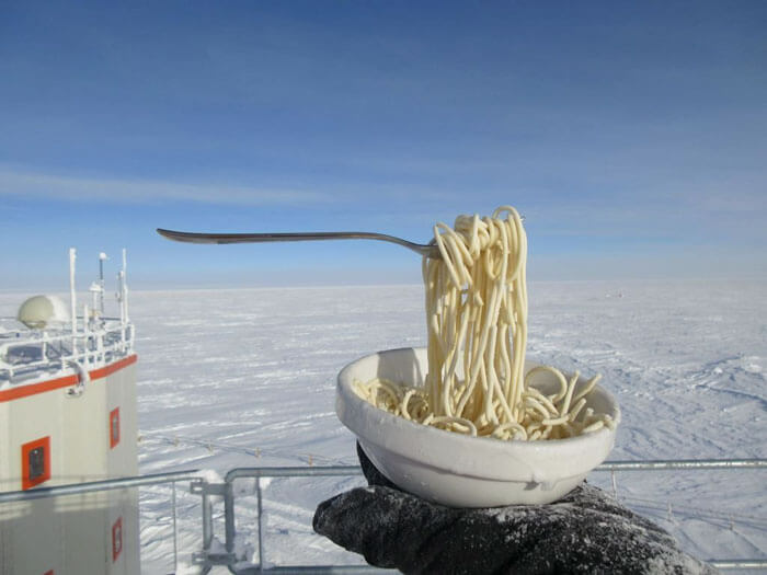 Cyprien Verseux Depicts What Really Happens When You Try To Eat At -70°C