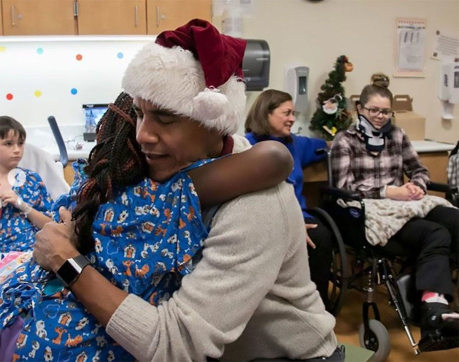 Former American President Obama Served Hospitalized Kids As Santa Claus As He Brought Them Gifts And Christmas Cheers