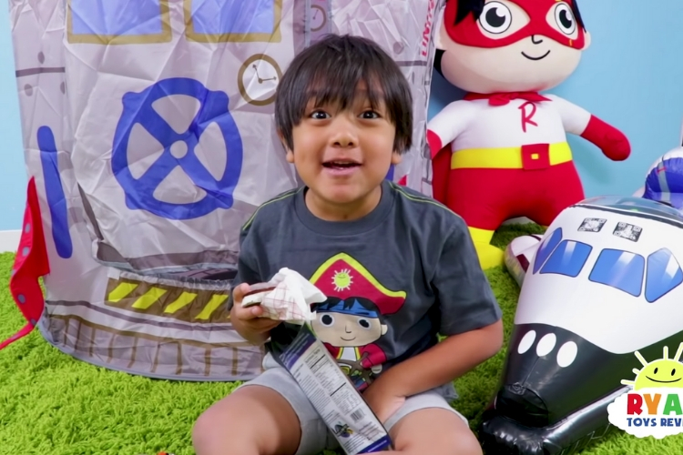 This Is How This 7-Year-Old Kid Became The Highest Paid YouTube Creator Of The Year
