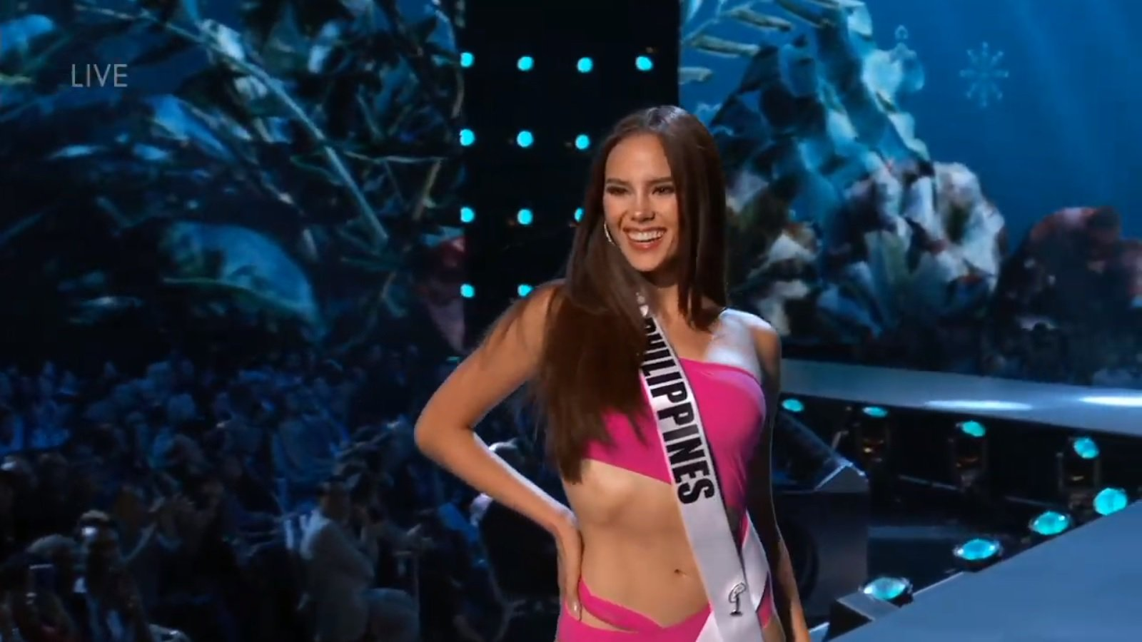 Catriona Gray,Miss Universe 2018 Slow Motion Twirl On Runway Stole Hearts