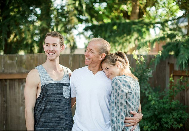 An Adopted Girl Found Her Long-Lost Parents On Facebook!