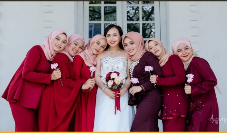 Viral Pictures of Christian Bride With Her Muslim Bridesmaids