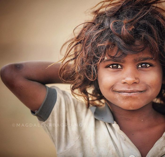 Photographer Travels Across The India To Capture Local Beauty