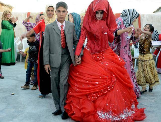 20 Pictures Exhibit The Traditional Wedding Attires Across The World