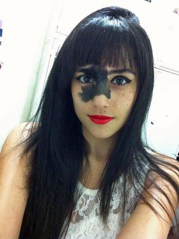 Brazilian Girl Decided Not To Remove Birthmark Even After She Faced Criticims