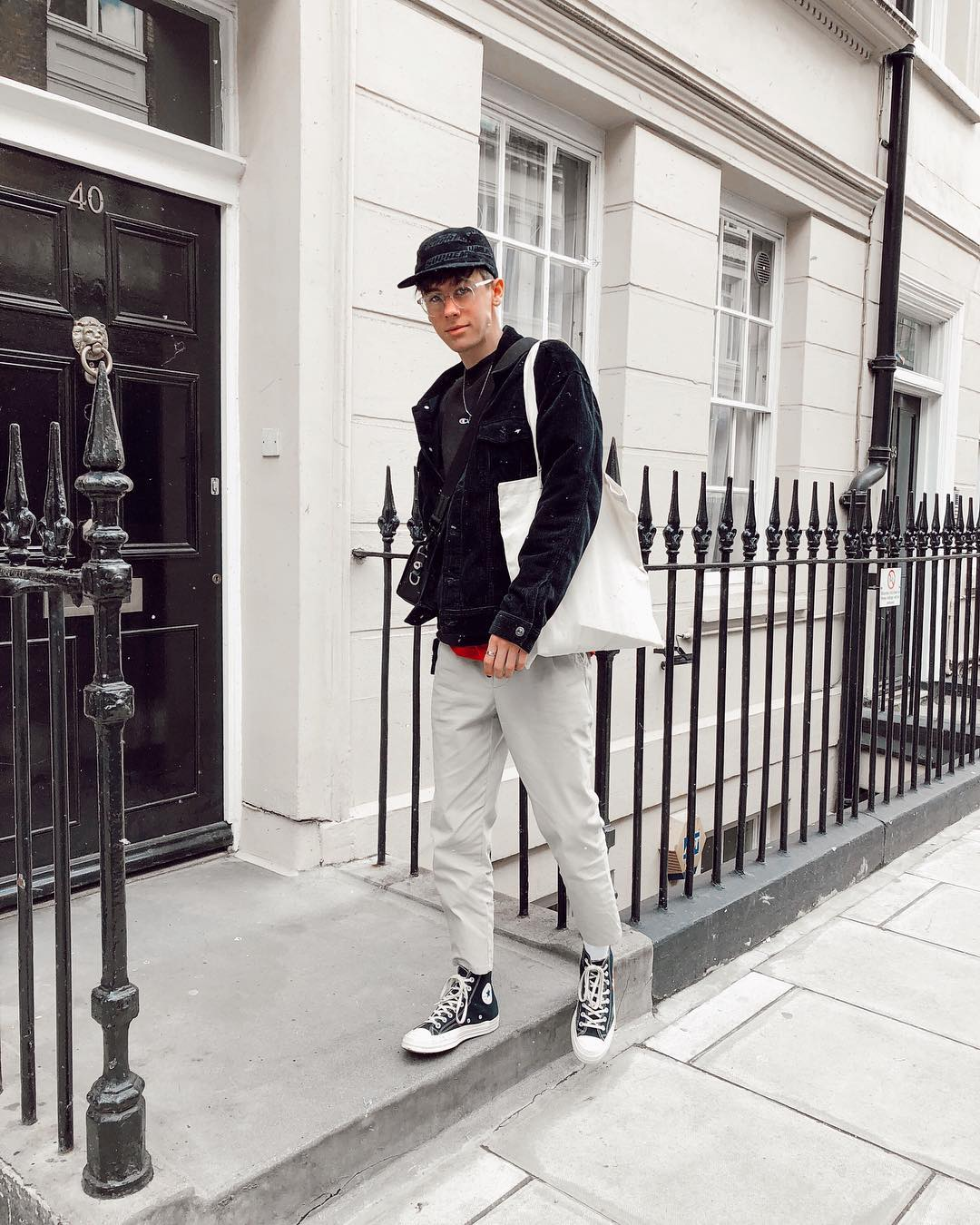 Teen Revealed How Easy It Was For Him To Fake Being Rich On Instagram!