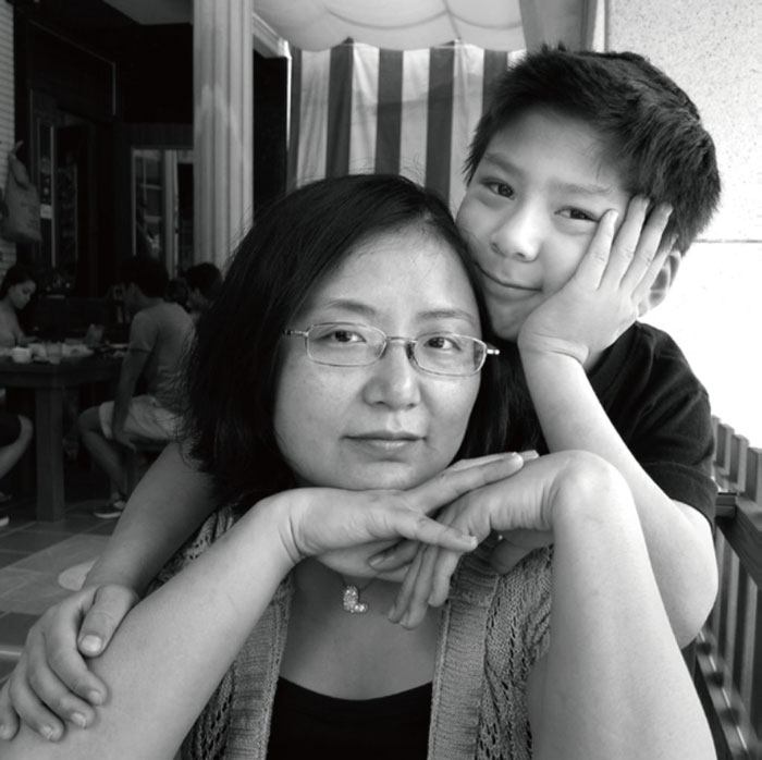 Mother Created 17-year Documentation Of Her Son Growing Up is Really Heartwarming