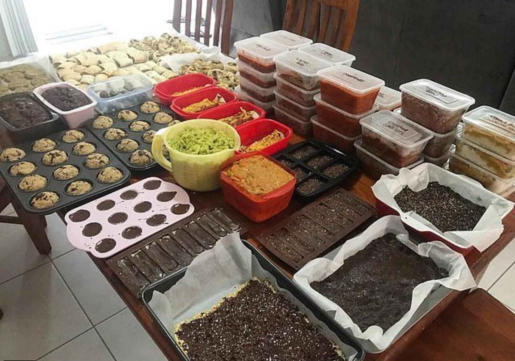 Pregnant Mommy Cooked 152 Meals & 228 Snacks Before Delivery So That She Can Rest Later