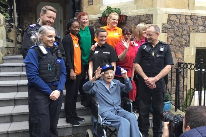 uk police made this old woman's wish come true of being arrested