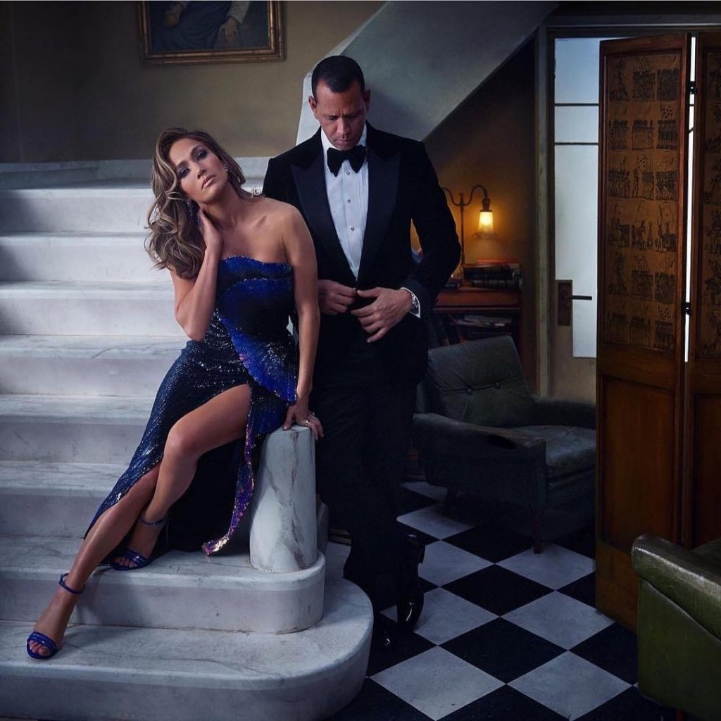 Jennifer Lopez and Alex Rodriguez Are Finally Engaged, Look At Thier Extraordinary Engagement Ring