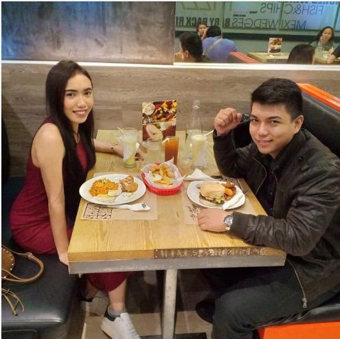 Aira and her boyfriend enjoying dinner