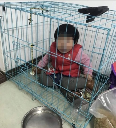 Chinese Father caged His 20-Month-Old Daughter To Get Revenge From Ex-Wife