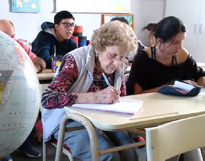 99-year-old grandmother joins late school