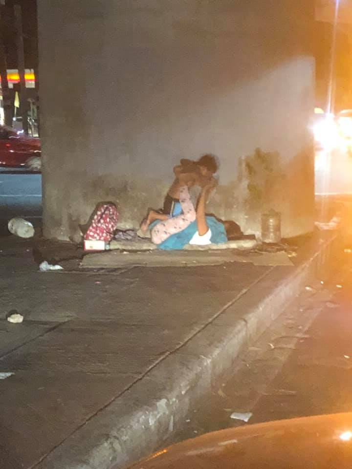 This Homeless Mother And Son Playing At The Roadside Are The Perfect Example Of Love And Happiness