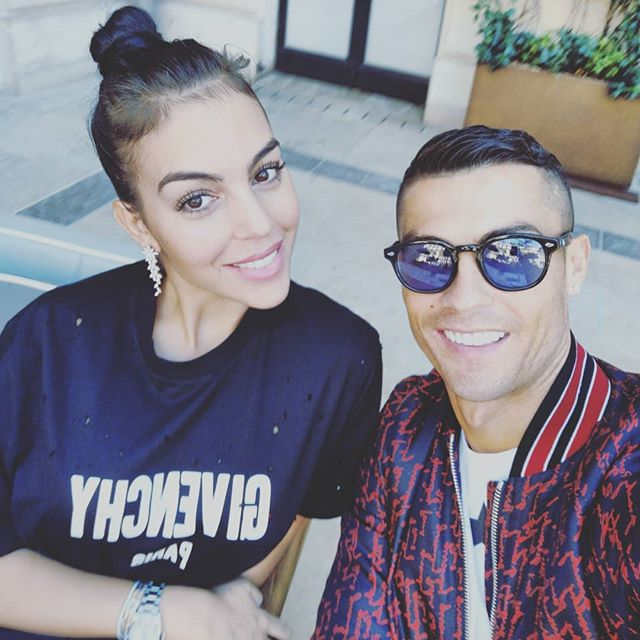 Cristiano Ronaldo's Girlfriend Says It Was Love At First Sight And Tells About Their First Meeting