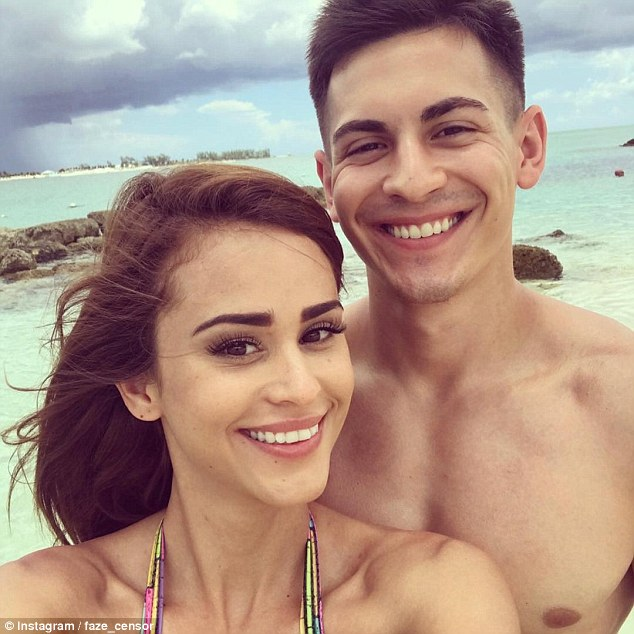 Douglas Martin Broke Up With Yanet Garcia, The Wrold's Most Hottest Weather Girl Last year And Now Regret About His Decision