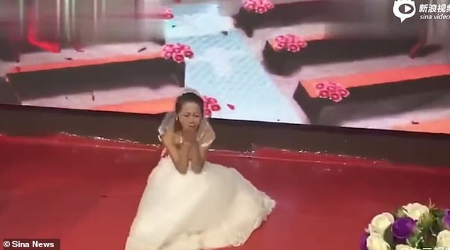Ex-Girlfriend of groom Crashes Into His Wedding Wearing a Bridal Gown