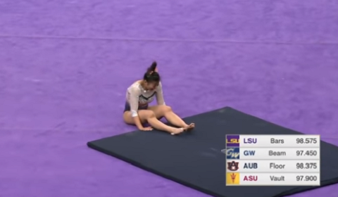 Gymnast Broke Both Her Legs After A Horrific Accident During Her Routine