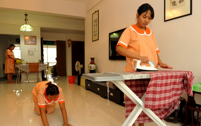 Cruel Daughter Demands Money From Her Mother Who Works As A Housemaid To Celebrate Anniversary With Boyfriend