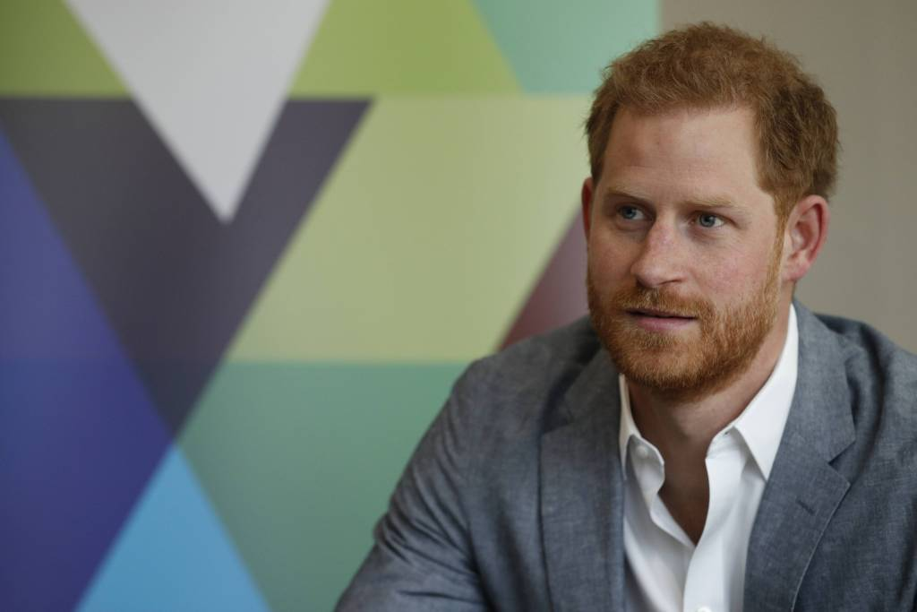 "Prince Harry Calls For A Ban On The Game 'Fortnite' Terming It ""Addictive"""