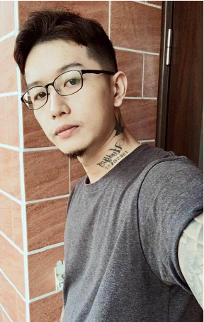 man shared inspiring transition photos after quitting smoking