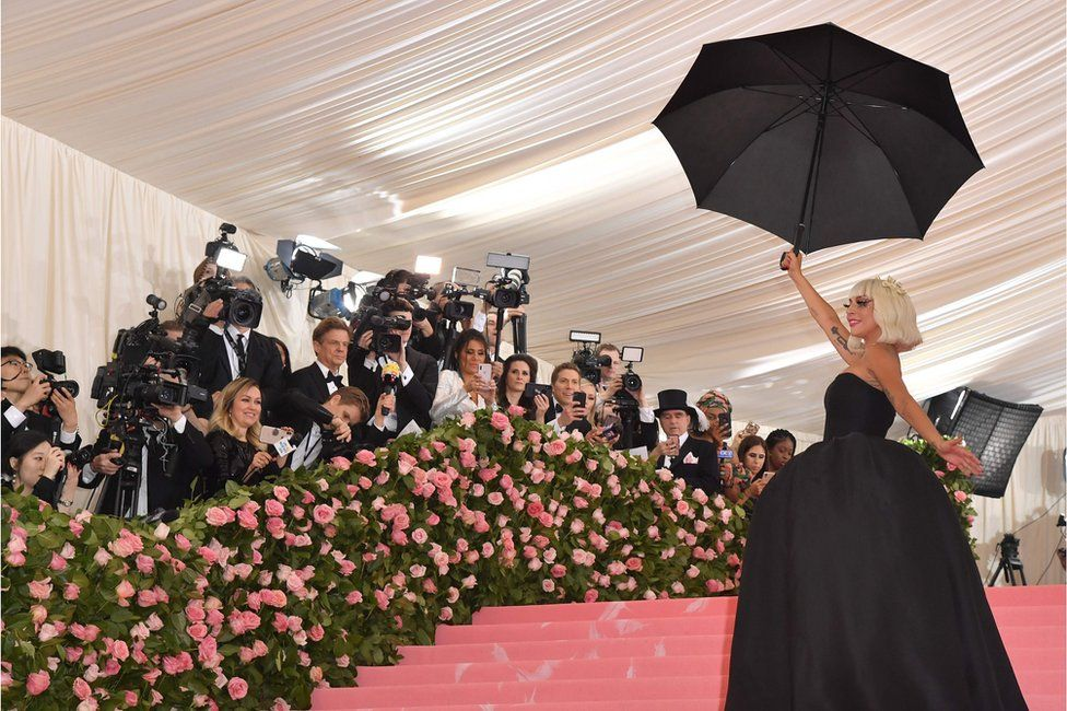 These Celebrities Killed The Met Gala 2019 's Red Carpet With Their Look