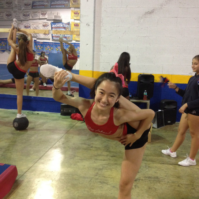 Meet These 20 People Who Are So Flexible That It Almost Hurts To Look At Themv