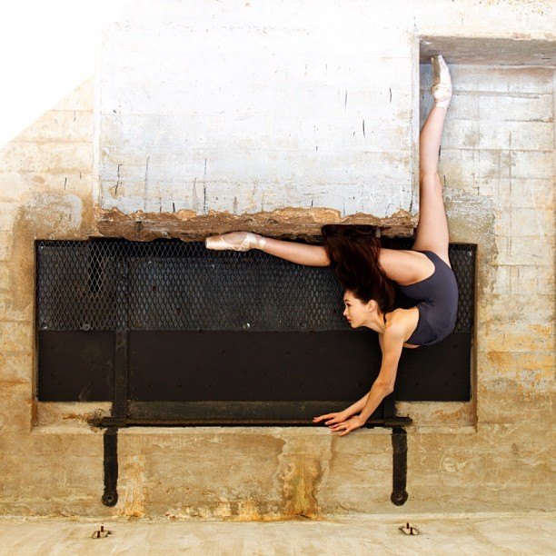 Meet These 20 People Who Are So Flexible That It Almost Hurts To Look At Them