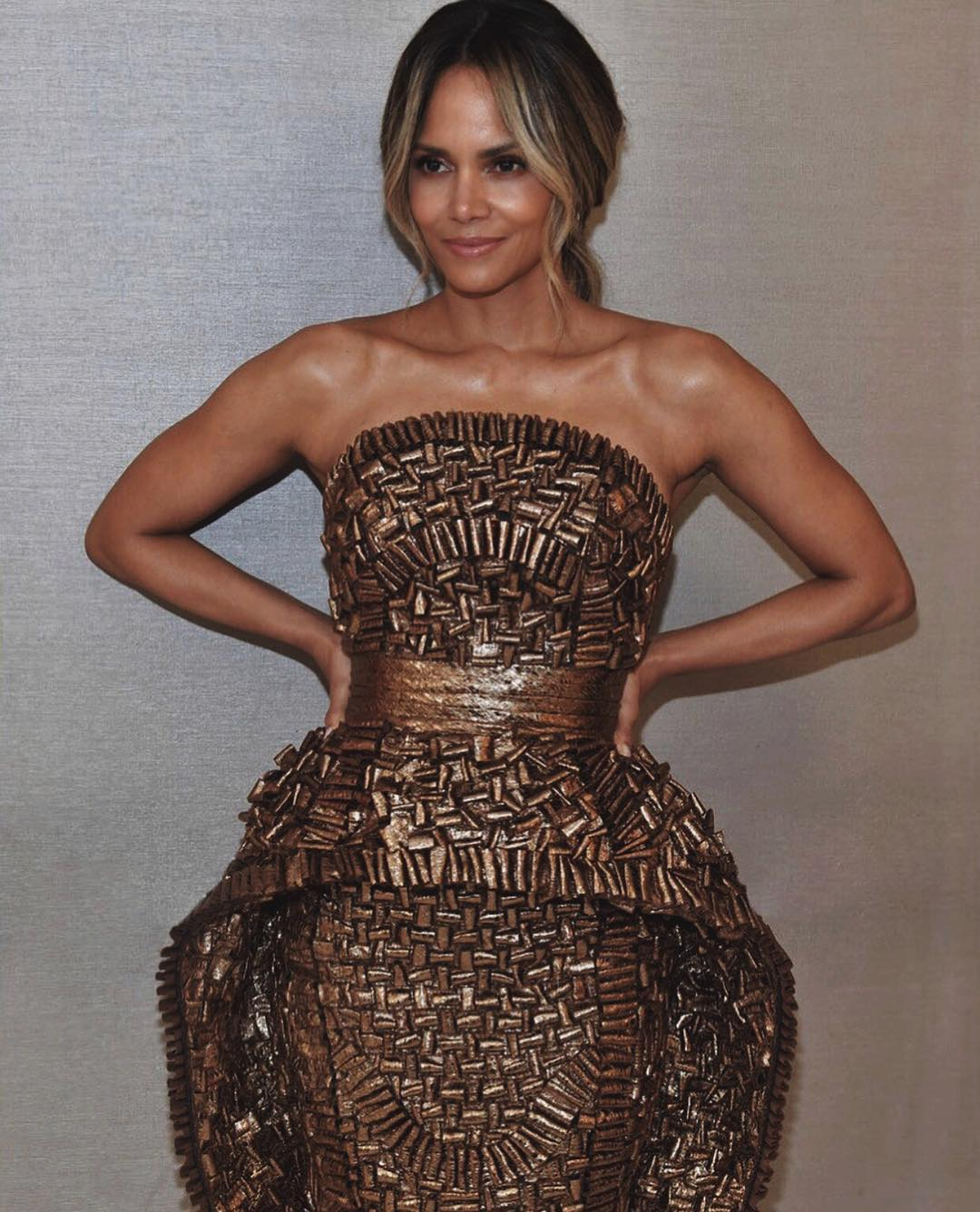Halle Berry Revealed What She Eats In A Day To Stay In Such An Incredible Shape