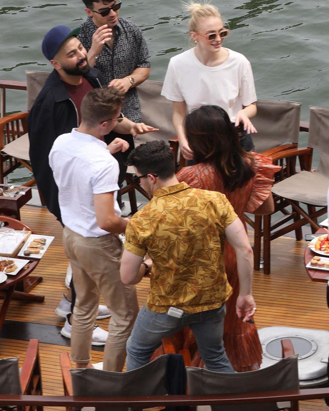 Priyanka Chopra And Nick Jonas' Pictures from the Jonas' Parisian Cruise Goes Viral