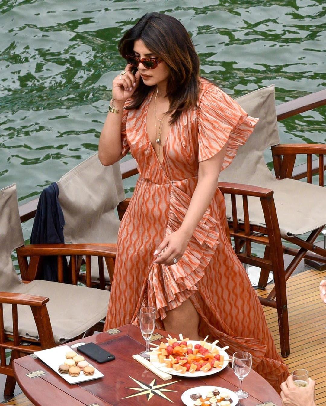 Priyanka Chopra And Nick Jonas' Pictures from the Jonas Parisian Cruise Goes Viral