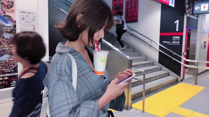 hands-free bubble tea challenge