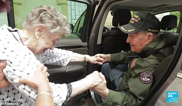 A Couple In Love Was Separated In The World War 2 Now Met After 75 Years