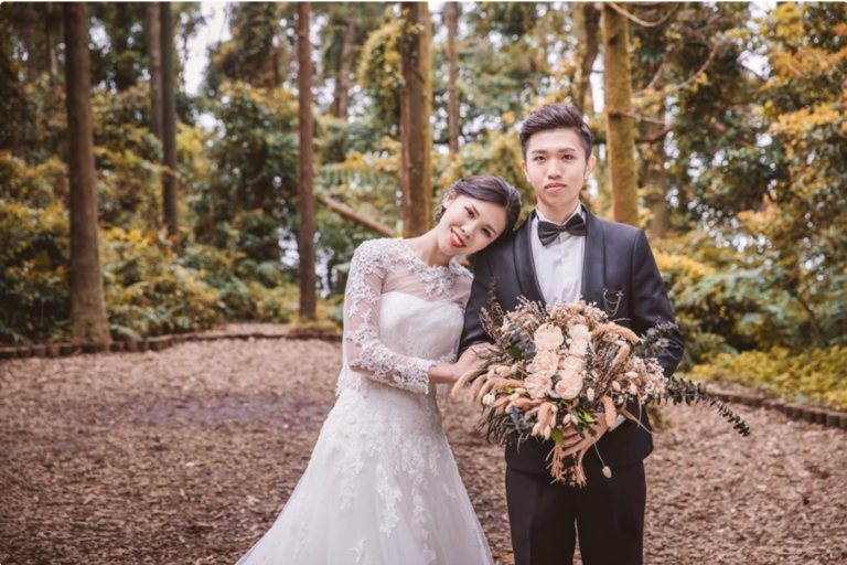 Guy Treats His Girlfriend Like A Princess But Netizens Shamed Him By Calling Him A Maid