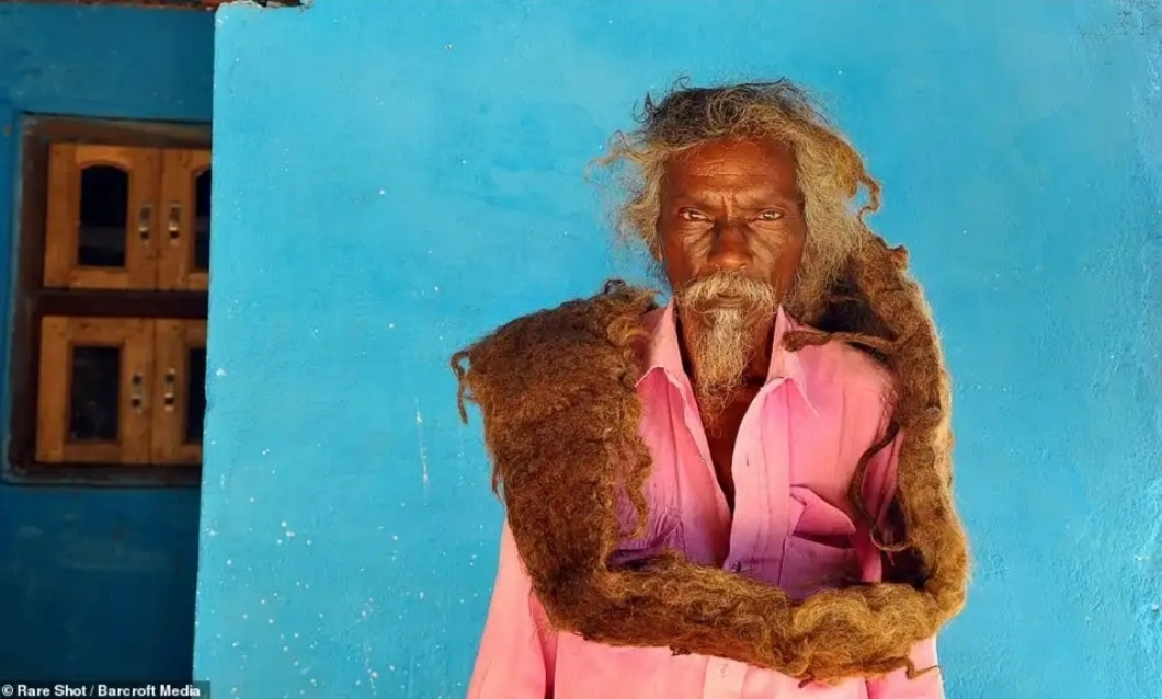 63-Year-Old Man From India Hasn't Washed Or Cut His Hair For 40 Years