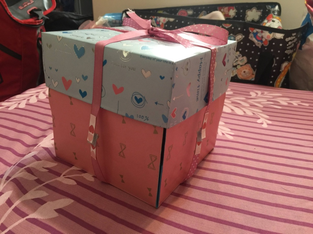 Girl Makes Explosion Memory Box For Boyfriend, Gets Back That It Is Useless