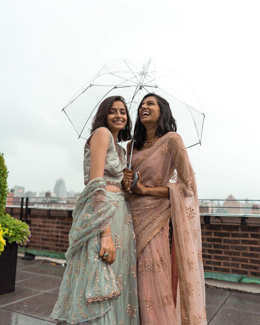 Same sex hindu-muslim Girls In Love from India-Pakistan