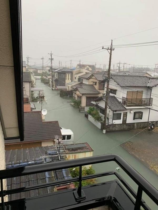 Streets In Japan Are So Clean, Even Floodwater Is Clear