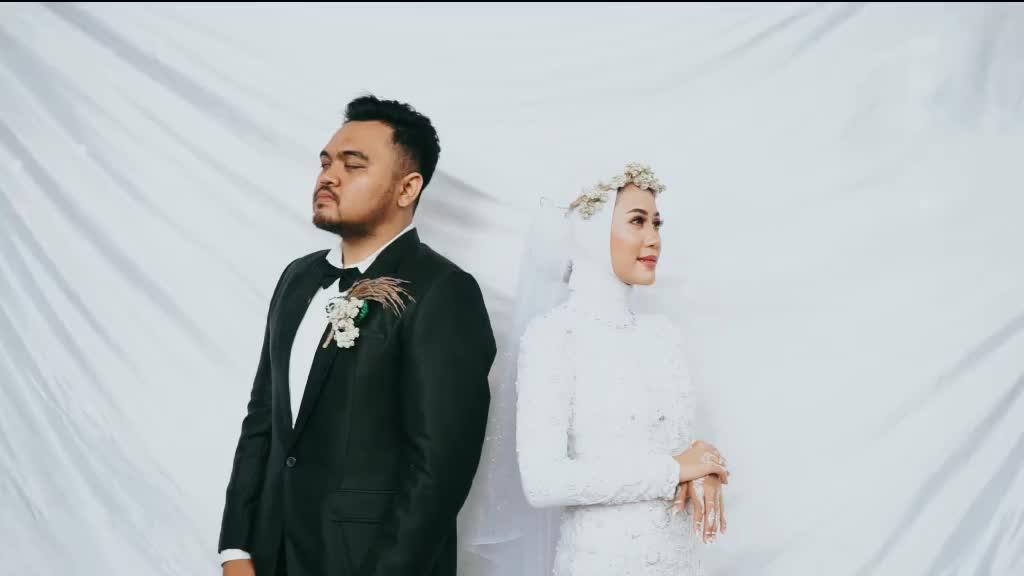 Bride Seeks Permission to Hug Her Ex-Lover Her Wedding