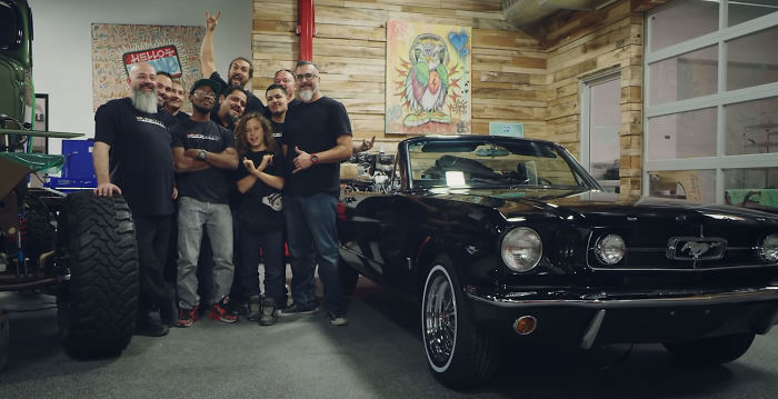 Jason Momoa Surprised Wife Lisa Bonet By Restoring Her First-Ever Car